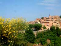 Provence village - May sunshine